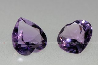 320_00_4097_two_faceted_amethyst_hearts