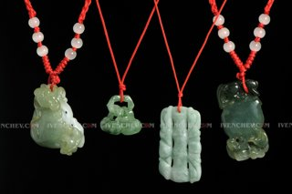 320_03_1626_traditional_chinese_nephrite_pendants