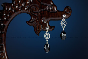 350_05_5790_black_spinel_earrings