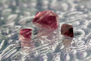 320_08_2431_spinel_crystals