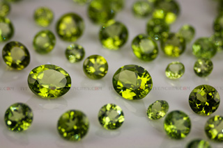 peridot faceted ovals rounds 320 09 8253